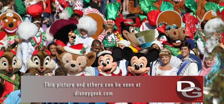 Visit our Holidays @ Disney section for pictures from past years at Walt Disney World, Disneyland and the Disney Dream.