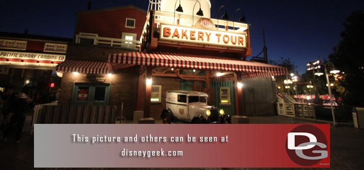 1/23 - A quiet offseason visit to the parks.  Pictures include the new Bakery Tour signage/truck and a look at the numerous projects underway around the parks.