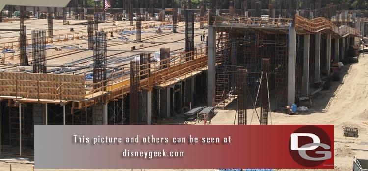 8/3 - An expanded look at the Parking Structure & Star Wars Projects plus a check of other happenings around the parks.