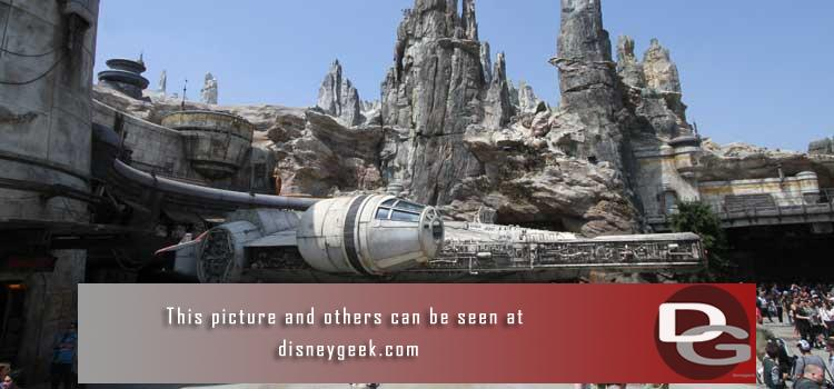 6/3 - My first visit to Star Wars: Galaxys Edge and a look around a quiet Disneyland Resort.