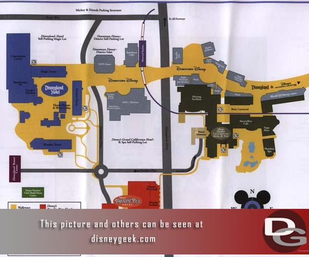 Let us start off with a scan of the resort map, the Disneyland hotel is on the far right hand side.