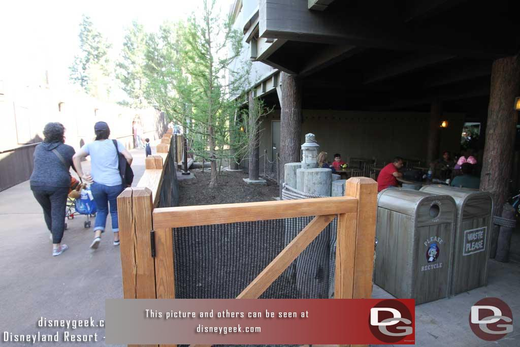 4.07.17 - Between the dining area and the walkway a planter area.