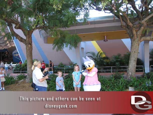 Daisy was out signing autographs near the entrance
