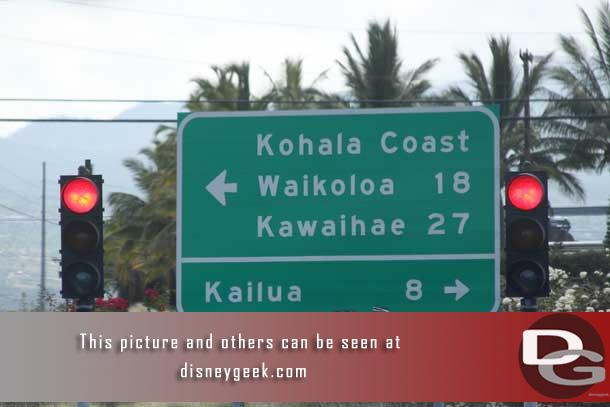 We stayed in Waikoloa.  Getting around Kona was a bit easier.. there was one light exiting the airport and you could go left or right.  Not many choices..