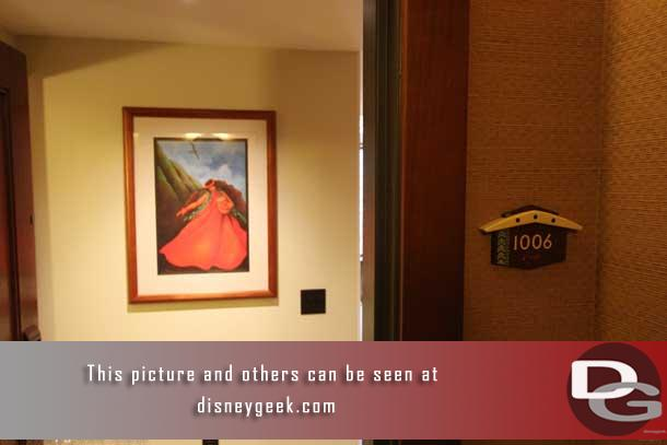 There was an open house of a two bedroom Disney Vacation Club Villa on the 10th floor so I went up to check it out.  The door was open.