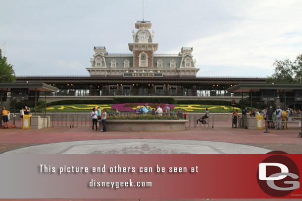 Arrived at the Magic Kingdom at 8:26am.  Nice to be able to get this picture again with security moved.